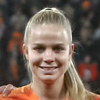 Portretfoto Kika van Es Oranjeleeuwinnen